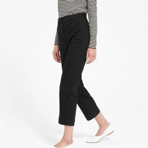 The Straight Leg Crop